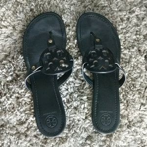 Tory Burch Miller black size 11